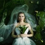 Kirsten-Dunst-in-Melancholia-2011_1600x1200