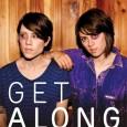 Tegan and Sara, esas dos hermanas gemelas que parece que por fin se han decantado por una imagen más femenina, publicarán el 15 de noviembre un CD/DVD que recogerá, en formato acústico, sus mejores canciones […]